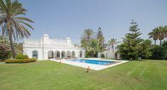 Frontline Beach Splendour - Villa, Casasola, Estepona