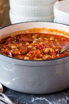 Würzig, aromatisch, einfach gekocht und extrem lecker: Rancho Canario in einer eingedeutschten Variante. wenn ihr Hülsenfrüchte mögt, seid ihr hier richtig.