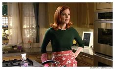 Bree Van De Kamp in kitchen outfit Camp Rock, Beach Camping, Backyard Camping, Camping Ideas, Camping Hacks, Desperate Housewives Bree, Camping Outfits For Women, Women Camping, Camping Con Glamour