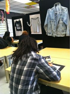 flying shoes art studio: BACK TO SCHOOL & WARMING UP WITH SHIRT DRAWINGS