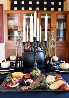 Gothic Halloween Din