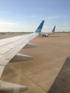 New Travel Plane Happy Ideas Airplane Window, Airplane View, Airplane Photography, Travel Photography, Adventure Fonts, Fly Travel, Airplane Travel, Travel Plane, Airline Flights