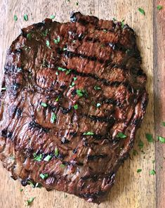 Jun 2017 - Grilled Marinated Flank Steak: marinated steak grills in under 10 minutes for tender, juicy flavor + tips re: how to slice to guarantee tenderness! Skirt Steak Recipes, Flank Steak Recipes, Grilled Steak Recipes, Grilled Meat, Grilling Recipes, Meat Recipes, Sous Vide Flank Steak Recipe, Game Recipes, Recipies
