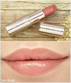 """Estee Lauder Bronze Goddess Summer Lip Glow in """"02 Sun Blush"""": Review and Swatches"""