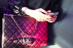 Classy and elegant Chanel bags for sale. Seize a classic Chanel flap, a vintage Chanel quilted tote, or other Chanel handbags at cheap price. 2.55 Chanel, Chanel Boy Bag, Chanel Bags, Chanel Purse, Chanel Pink, Chanel Style, Hermes Bags, My Bags, Purses And Bags