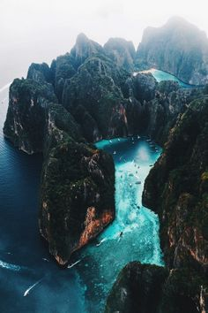 20 Most Beautiful Islands in the World - Travel Den - 20 Most Beautiful Islands in the World – Travel Den Koh Phi Phi, Thailand. See our 20 Most Beautiful Islands this year! Thailand Travel, Phuket Thailand, Thailand Vacation, Pattaya Bangkok, Philippines Vacation, Uganda Travel, Destination Voyage, Photos Voyages, Beautiful Places To Travel