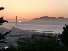 Atardecer en el puente Golden Gate de San Francisco (USA)