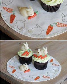 The cutest little marzipan bunnies!