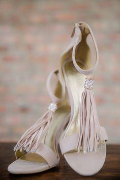 Bridal Flowers, Event Venues, Flower Decorations, Flower Arrangements, Feather, Burgundy, Romance, Creative, Floral