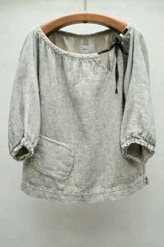 Stone Rende Top// grey linen peasant blouse with black tied bow, bottom side pocket, length sleeve Sewing Clothes Women, Diy Clothes, Clothes For Women, Sweat Clothes, Womens Linen Clothing, Woman Clothing, Sewing Blouses, Refashioning, Peasant Blouse