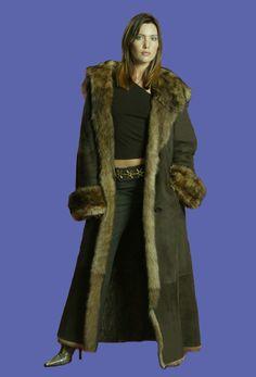 Hooded Fur Shearling Coat | Moda | Pinterest | Shearling coat and Fur