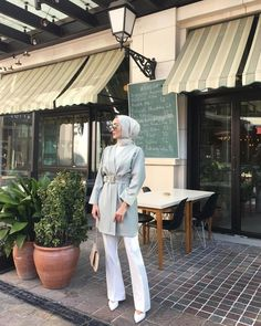 ✔ Office Outfits Women Casual Summer Source by dress hijab Modest Fashion Hijab, Modern Hijab Fashion, Street Hijab Fashion, Casual Hijab Outfit, Hijab Chic, Hijab Dress, Ootd Hijab, Dress Casual, Hijab Fashion Summer