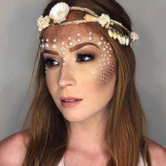 Mermaid face painting - 70 ideas for . - mermaid make up pearls - Mermaid Face Paint, Mermaid Diy, Fairy Makeup, Makeup Art, Makeup Ideas, Mask Makeup, Makeup Tutorials, Mermaid Costume Makeup, Mermaid Halloween Makeup