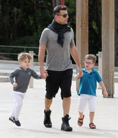 Ricky Martin twins haircut