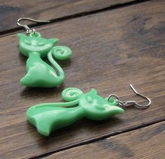 Green Cat Earrings by beadingshaz on Etsy, £5.00