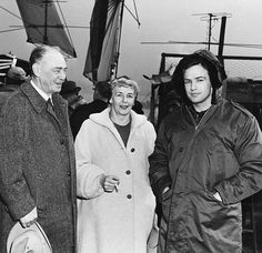 EVGENIA GL Marlon Brando's parents visit him on location in Hoboken during production of On the Waterfront