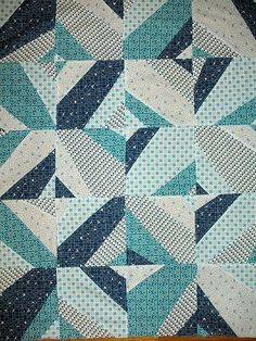 baby blues - quilt top by rose (is red) -this is a beautiful quilt. Strip Quilts, Blue Quilts, Quilt Blocks, Kid Quilts, Quilting Projects, Quilting Designs, Sewing Projects, Yo Yo Quilt, Blue Crafts