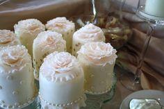custom wedding mini cakes toronto