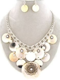27.99$ WHOLESALE Jewelry LOTS 2 Sets Chunky Ivory-Color Shell Silver & Ab Bib Necklace