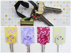 TOUCH esta imagen: 5 ideas para tunear tus llaves con estilo by Raquel Gomez Orta  Decorar llaves Electricidad Gomez