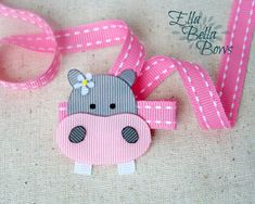 Hippo Ribbon Sculpture Hair Clip African Queen от EllaBellaBowsWI