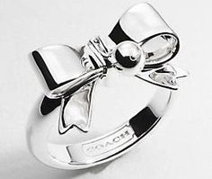 Coach Bow Ring, I want this!!! <3 it!