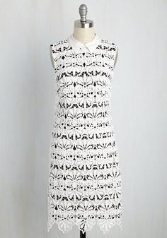 Crochet Dress - Perfect for Summer So here in Houston we are still in the throes of a very hot summer. On that note, we have been showcasing a number of white dress options, and I just came across this winner. It really caught my eye as I am a sucker for crochet dresses. This one features a black underlay and a removable collar. It looks very crisp, fresh and inviting. Black patent Tory Burch flat sandals to polish it off. ~ Cathy #adriannapapel #crochetdress #toryburch #sandals…
