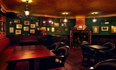 Interiors of Irish Pubs | Mulligan's Irish Pub & Restaurant | Singapore bars and clubs ...