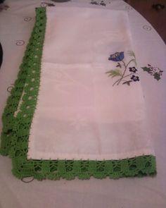 toalha  de cha  bicos  em crochet