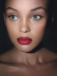 NARS model wearing the Pure Radiance tinted moisturizer in Polynesia (NARS Cactus Flower cream blush on cheeks!)