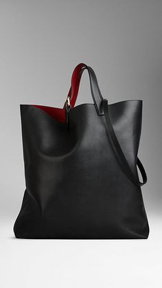 Shop women's bags & handbags from Burberry including shoulder bags, exotic clutches, bowling and tote bags in iconic check and brightly coloured leather Leather Hobo Bags, Leather Handbags, Big Purses, Purses And Handbags, Fashion Handbags, Fashion Bags, Bonded Leather, Chanel Black, My Bags