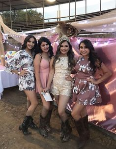 New birthday outfit ideas for women country 52 Ideas Cute Party Outfits, Party Outfits For Women, Birthday Outfit For Women, Birthday Party Outfits, Birthday Ideas, Cowboy Girl Outfits, Country Girls Outfits, Cowgirl Outfits, Country Western Outfits