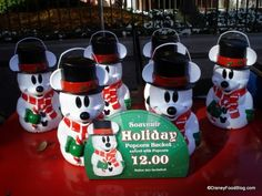 Christmas Treats and Holiday Popcorn in Disney Parks and Resorts | the disney food blog - 2011 version