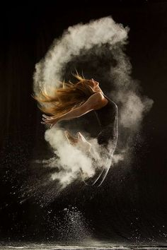 Photography - Amazing Powder Dance Photography by Geraldine Lamanna. Not sure if this goes better on my photography board, or dance. Dark Gif, Dance Like No One Is Watching, Dance Movement, Foto Art, Lets Dance, Jazz Dance, Praise Dance, Dance Wear, Dance Photos