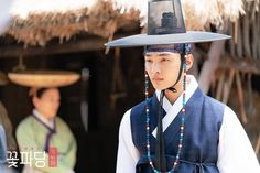 """[Photos] New Stills Added for the Upcoming Korean Drama """"Flower Crew: Joseon Marriage Agency"""" @ HanCinema :: The Korean Movie and Drama Database Gong Seung Yeon, Flower Crew, Kim Min, Actors & Actresses, Marriage, Celebrities, Lady, Korean Dramas, Flowers"""