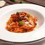 PASTE MILANEZE Past, Spaghetti, Ethnic Recipes, Diva, Food, Past Tense, Essen, Divas, Meals