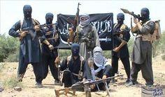 """طائرة أميركية تغتال 5 عناصر من """"القاعدة"""" والجيش اليمني يتقدَّم في معسكر خالد: قُتل قياديون في تنظيم """"القاعدة""""، مساء الأحد، جراء غارة جوية…"""