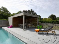 Modern poolhouse 1