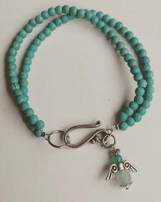 Bekijk dit items in mijn Etsy shop https://www.etsy.com/nl/listing/258960932/mooie-dubbele-armband-van-howliet-kralen
