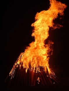 Bonfire by CPSutcliffe on Flickr.
