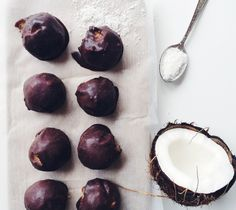 Ммм, баунти: шоколадные конфеты с кокосом