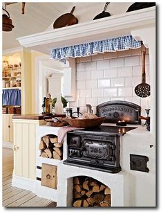 Swedish country home designHome Interior Decoratingrustic interiors 9 Swedish Interiors, Rustic Swedish Country, rustic interiors, Swedish Furniture Wood Stove Cooking, Kitchen Stove, Old Kitchen, Country Kitchen, Vintage Kitchen, Kitchen Decor, Kitchen Wood, Kitchen Island, Nice Kitchen