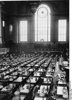 Preussische Staatsbibliothek zu Berlin-Lesesaal (existiert nicht mehr)30er Jahre