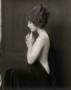 Norma Shearer by Alfred Cheney Johnston | Flickr - Photo Sharing!