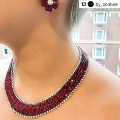 An incredible statement necklace by Oscar Heyman @by_couture Oh, Oscar! @oscarheyman #hautejoaillerie #lavish #luxury #luxurious #luxuriousjewelry #bling #rubies #diamonds #necklace #earrings @oscarheyman @mitchellstores @richardsstores a very special thanks to @by_couture