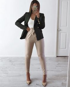 Fashion shared by AnnxShx on We Heart It - - Casual Work Outfits, Work Casual, Classy Outfits, Chic Outfits, Fashion Outfits, Casual Attire, Office Outfits, Work Attire, Business Outfits Women