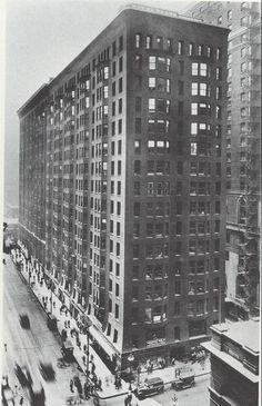Monadnock building. 1891. Burnham & Root.