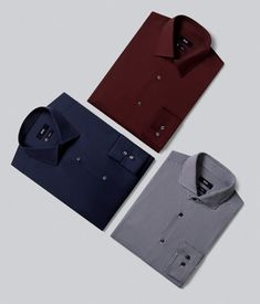 Shop now in the official HUGO BOSS online store! Hugo Boss The Scent, Hugo Boss Man, Flat Lay Photography, Clothing Photography, Chinos Men Outfit, Men Blazer, Mens Stylish T Shirts, Hugo Boss Trajes, Boss T Shirt