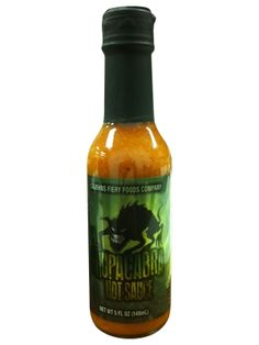 CaJohn's El Chupacabra Hot Sauce is a scorching concoction that combines some of the worlds hottest peppers into one sauce. Often times, a sauce so hot is lacking in flavor, but that does not apply to Worlds Hottest Pepper, Cooking Fresh Green Beans, Bhut Jolokia, Salsa, How To Cook Rice, Weird Food, World Recipes, Stuffed Hot Peppers, Hot Sauce Bottles