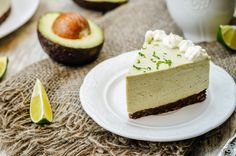 Free from refined sugar, flour, vegetable oils and dairy, this incredibly creamy and indulgent cheesecake will leave you wondering how anything this tasty can be so nutritious. A blend of … Avocado Cheesecake, Raw Cheesecake, Cheesecake Recipes, Desserts Rafraîchissants, Real Food Recipes, Keto Recipes, Healthy Sugar, Sin Gluten, Cakes And More